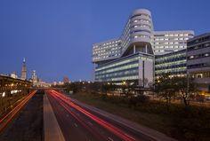New Hospital Tower Rush University Medical Center / Perkins+Will