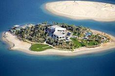 Michael Schumacher pagou 35 milhões de dólares para construir sua mansão paradisíaca de mais de 40 quartos em sua ilha particular (Foto: Reprodução/Internet)