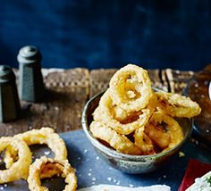 Golden crispy onion rings are the undisputed king of sides, pair with our thick-cut T-bone steak for the ultimate steak dinner