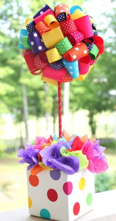 Ribbon Topiary in Red Yellow Orange Purple Green Perfect for Sesame Street or Circus Party and matching pot. Circus Birthday, Circus Party, Birthday Parties, Festa Party, Diy Party, Decoration Cirque, Ribbon Topiary, Sesame Street Party, Candy Party