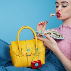 GABS lunch time!  #girlslovebluebotton #gabs #gabskorea #gabsginza #gabsofficial #gabsborseeaccessori #gabsborse #bagshop #accessories #bag #bags #Italian #Fashion #design #creative #style #styles #stylish #Colore #Colori #Colors #Colours #Smile #Fun #Happyness #bepositive #positivevibe #funny #ironic