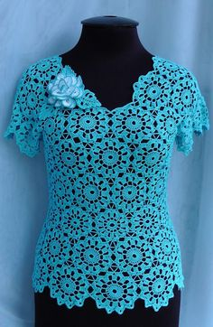 Diy Crafts - Good evening everybody, hope you're having an honest day and straight away, we are going to try and create it rather more en Filet Crochet, T-shirt Au Crochet, Beau Crochet, Pull Crochet, Crochet Ruffle, Crochet Motifs, Crochet Shirt, Crochet Flower Patterns, Crochet Round