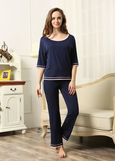 Latest Design Half Sleeves 2 Piece Sleepwear Lady Pyjamas Set c879034a0