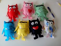Monsters for mom! These funny monsters are hand-made and are made of felt. These little monsters are created to tell animated stories for children. Combine them with the book The colour monster( Funny Monsters, Colors And Emotions, Montessori Toddler, Little Monsters, Stories For Kids, Felt Crafts, Crafts For Kids, Animation, Activities