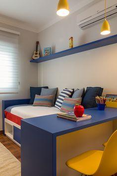 I like this striking small bedroom furniture Small Bedroom Furniture, Boys Bedroom Decor, Kid Bedrooms, Toddler Boy Room Decor, Kids Room Paint, Teenage Room, Bedroom Layouts, Kids Room Design, Decoration