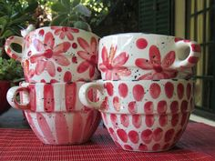 Cerámica Ideas, Cat Mug, Pottery Painting, Hand Painted Ceramics, Coffee Cups, Tea Pots, Glass Art, Red And White, Clay