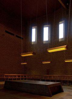 sigurd lewerentz, S:ta Gertruds and S:t Knuts kapell, Scandinavian Architecture, Modern Architecture, Track Lighting, Brick, Windows, Ceiling Lights, Interior, March 2014, Aperture