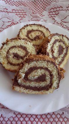 This no all / Disznóól - KonyhaMalacka disznóságai: Csokis piskótatekercs Cukor, Waffles, Muffin, Pie, Breakfast, Food, Torte, Pastel, Meal