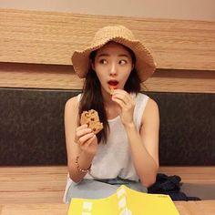 배우 채수빈 인스타그램 일상 및 셀카 모음 : 네이버 포스트 Korean Actresses, Korean Actors, Actors & Actresses, Korean Beauty, Asian Beauty, Korean Girl, Asian Girl, Chae Soobin, My Love From Another Star