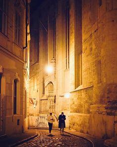 Diaphone Alley  #diagonalley #wien #vienna #innerestadt #1010wien #oldtown #austria #igersvienna #igersaustria #oldchurch #church #zombies #viennabynight #viennaatnight #urbex #streetphotography #agameoftones #moodygrams #moody #latenightvienna #photowalk #narrowstreet #nightwalk #mariaamgestade #visitaustria #visitvienna #wienliebe #streetlights #1000thingsinvienna #winterinwien Visit Austria, Vienna Austria, Vienna At Night, Photo Walk, Diagon Alley, Zombies, Old Town, Street Photography, Urban