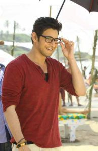 Handsome Celebrities, Indian Celebrities, South Actress, South Indian Actress, Mahesh Babu Wallpapers, Movies To Watch Hindi, Indian Male Model, Photography Poses For Men, Actors Images