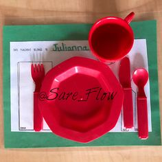 Practical Life, Table Setting! Great way to get your child use to settings their own table! #TableManners #ProperTableSetting #PracticalLife #SareFlow