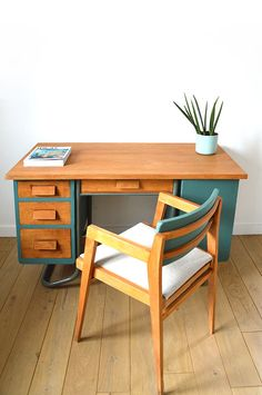 Ensemble bureau et chaise d 39 colier vintage relook gris - Bureau ecolier relooke ...