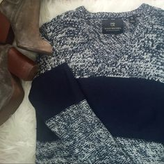 LOWEST‼️Scotch & Soda Sweater 'Amsterdam Couture'. Striped colorblock v-neck in navy blue. The small brand thing at bottom of hem has come off halfway, otherwise in perfect shape! Scotch & Soda Sweaters V-Necks
