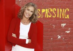 Actress Lauren Hutton to Receive Maine International Film Festival's Mid-Life Achievement Award