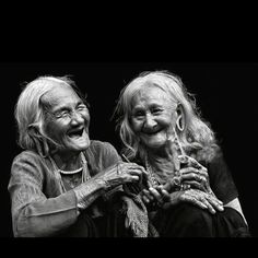I hope I can be old like this, except I would like to have my teeth still : )