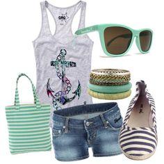 Love the tank top,sunglasses,shorts