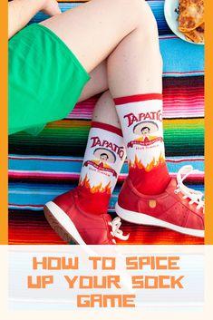 Socksmith Halloween Crime Scene Women/'s Knee High Sock Size 6-10