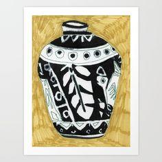 Black Vase by Jelly Chen