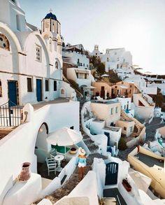 world travel destinations Wanderlust travel, photo - traveldestinations Places To Travel, Travel Destinations, Places To Visit, Wanderlust Travel, Reisen In Europa, Voyage Europe, Destination Voyage, Photos Voyages, I Want To Travel