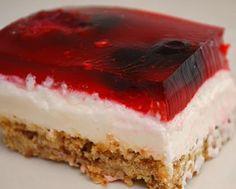 What's Cookin, Chicago?: Creamy Triple Berry Pretzel Squares