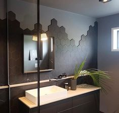 Luxury Bathroom Master Baths Log Cabins is agreed important for your home. Whether you pick the Luxury Bathroom Master Baths Walk In Shower or Luxury Bathroom Ideas, you will make the best Bathroom Ideas Apartment Design for your own life. Luxury Master Bathrooms, Dream Bathrooms, Modern Bathroom, Master Baths, Bathroom Black, Minimal Bathroom, Beautiful Bathrooms, Zen Bathroom, Marble Bathrooms