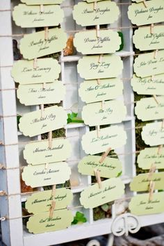 table cards // style me pretty