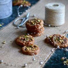 Karamelové mini cheesecaky - Coolinári | food blog Mini Cheesecakes, Blog, Dulce De Leche, Blogging