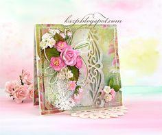 Cześć :)  Dziś pokazuję kolejną kartkę z kwiatkami z Wild Orchid Crafts . Odkopałam stare papiery Primy, których wykupiłam chyba całą dostęp...