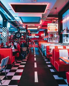 Not every cleaning task needs to be completed daily. Here's your go-to restaurant cleaning checklist sorted by daily, weekly, & monthly priority. Diner Aesthetic, Neon Aesthetic, Aesthetic Collage, Aesthetic Vintage, Aesthetic Photo, Aesthetic Pictures, Café Retro, Retro Cafe, Cafe 50s