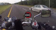 Fahrer hat Stroke & Abstürze Biker Aufzeichnungen die ganze Sache Accidents motorcycles Offbeat News Video