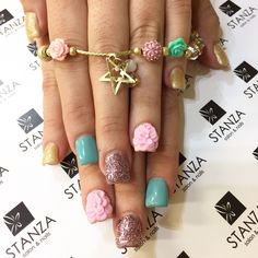 #stanzasalon nailart 3D flowers and Gelish