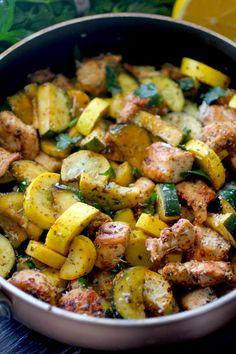 Lemon Parmesan Chicken & Zucchini Skillet Dinner | Dashing Dish