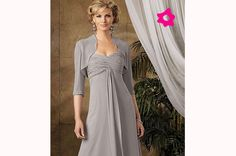 Vestido para mãe da noiva em cinza claro e com bordado