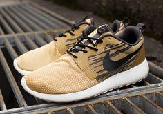 Nike Roshe Run Hyperfuse - Gold / Black | KicksOnFire.com