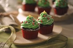 Can you say yum!? Check out David's delicious cupcake recipe!