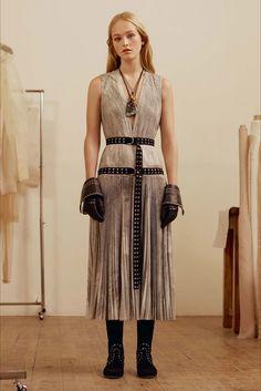 Sfilata Alexander McQueen New York - Pre-Collezioni Autunno-Inverno 2017-18 - Vogue