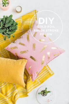 Love this #diy gold brush stroke pillow!