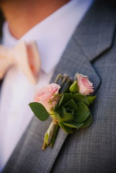 Another boutonniere inspiration picture. Like style of mix of succulence and flower. Coordinate items used to bridal bouquet and bmaids Succulent Corsage, Succulent Boutonniere, Succulent Wedding Favors, Wedding Bouquets, Boutonnieres, Groomsmen Boutonniere, Groom And Groomsmen, Floral Wedding, Wedding Flowers