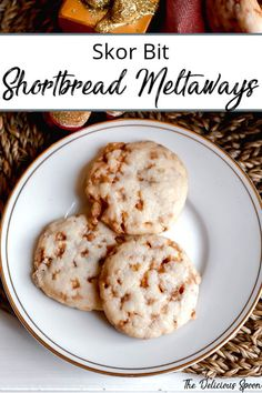 Skor Bits inside a shortbread batter that is so light these cookies just melt in your mouth. guess that is why they are called shortbread meltaways! Cookie Recipes For Kids, Holiday Cookie Recipes, Holiday Baking, Christmas Baking, Baking Recipes, Christmas Treats, Gf Recipes, Candy Recipes, Baking Ideas