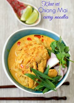 my bare cupboard: Khao soi / Chiang Mai curry noodles