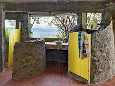 Great idea for a pool house/bathroom! Very beachy.