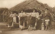 Romania Gallery / Peasant Dancers Postcard