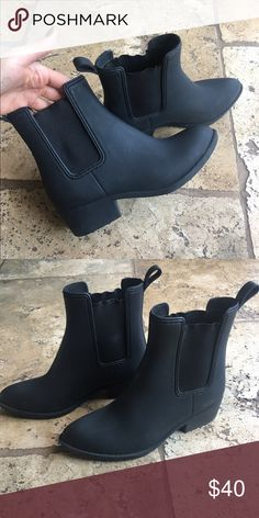 rubber chelsea boots jeffrrey campbell chelsea/rain boots. only worn a few times but arent really my style. in great condition! size 6 true to size Jeffrey Campbell Shoes Winter & Rain Boots
