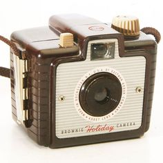 Vintage Box Camera Brownie Holiday 127 Film Camera with Lens and Strap