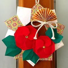 panda🐼さん(@panda__y8) • Instagram写真と動画 Flower Crafts, Origami, Gift Wrapping, Paper, Winter, Flowers, Gifts, Gift Wrapping Paper, Winter Time