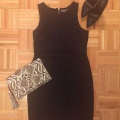 """⭐️MUST HAVE LBD!!!!⭐️ Perfect LBD by Donna Ricco! So versatile you can wear it anywhere and year round!  Tank style arms, rounded neck, exposed gold zipper in back. So comfortable, stretchy and wrinkle proof in an 85% nylon 15%spandex blend.  Lined bodice.  Natural waist.  Front and back darts.  4"""" kick slit at back center.  Dress it up or down and pair with a sweater and boots when it's cold!  Approximate measurements: 36"""" from shoulder to hem.   18"""" from armpit to armpit Donna Ricco…"""
