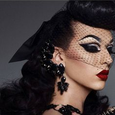 """Old Hollywood glamour ❤ @violetchachki by @marcelocantuphoto #dragrace #dragqueen"""