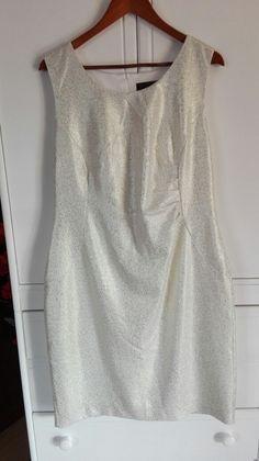 b83db73800 Najlepsze obrazy na tablicy najlepsze sukienki slubne (14)