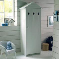 """Un esprit """"cabine de plage"""" pour un style bord de mer... une armoire 1 porte en MDF laqué Noa idéale dans une chambre d'enfant et assortie aux meubles de la gamme Noa vendus sur laredoute.fr."""